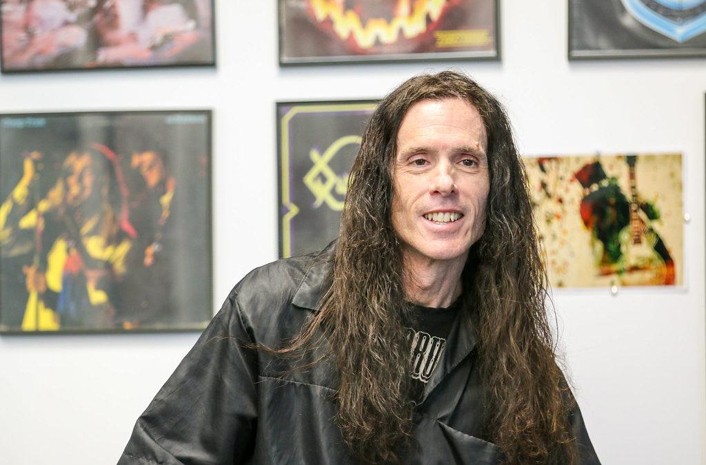 Jerry Jones – Get a Haircut